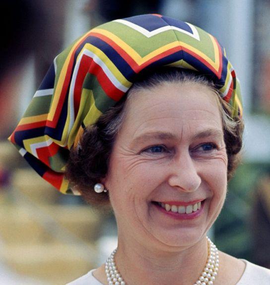 Queen Elizabeth II: Elizabeth S Hats, Queens, Queen Elizabeth Hats, The Queen, Elizabeth Ii, Royal Hats, Queen S Hats