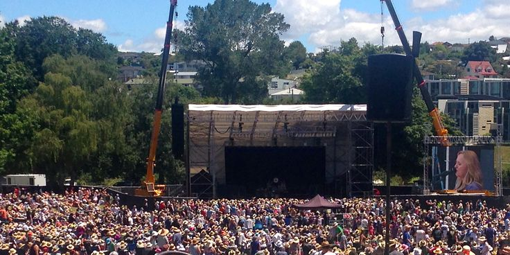 Anniversary weekend so it was off to Taupo again for the annual rock concert.  Melissa Etheridge was the star