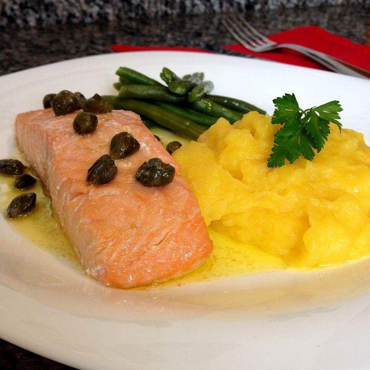 Aprenda a preparar duas receitas para impressionar no Dia dos Namorados: Salmão na Manteiga de Alcaparras acompanhado de Purê de Mandioquinha.