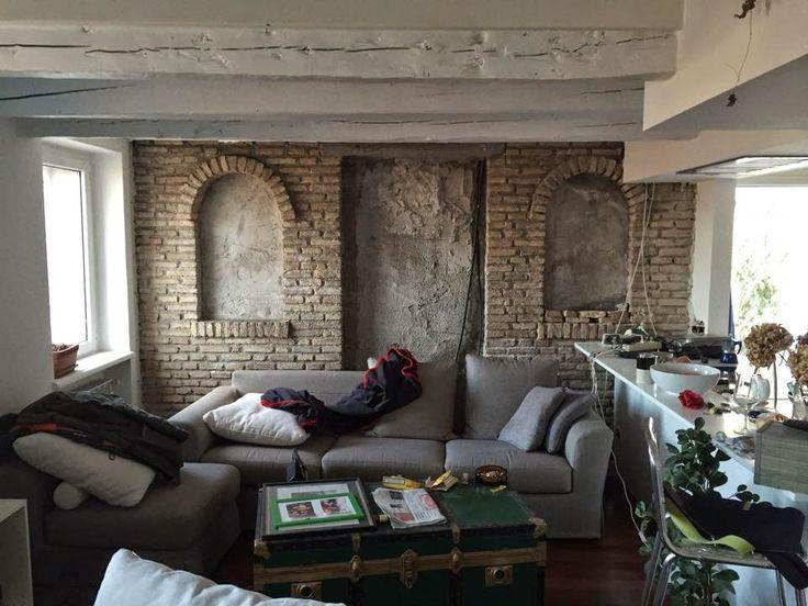 """Casa Gnello: """"Se abbatti parete non sai cosa trovi!""""www.casatanguy.com"""