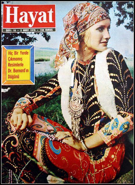 Vintage Turkiye çingene modası 5 mart 1970 hayat dergisi kapağı