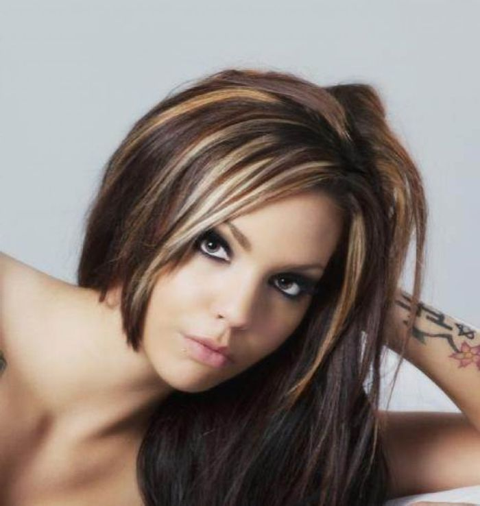 Pictures Of Dark Brown Hair With Caramel And Blonde