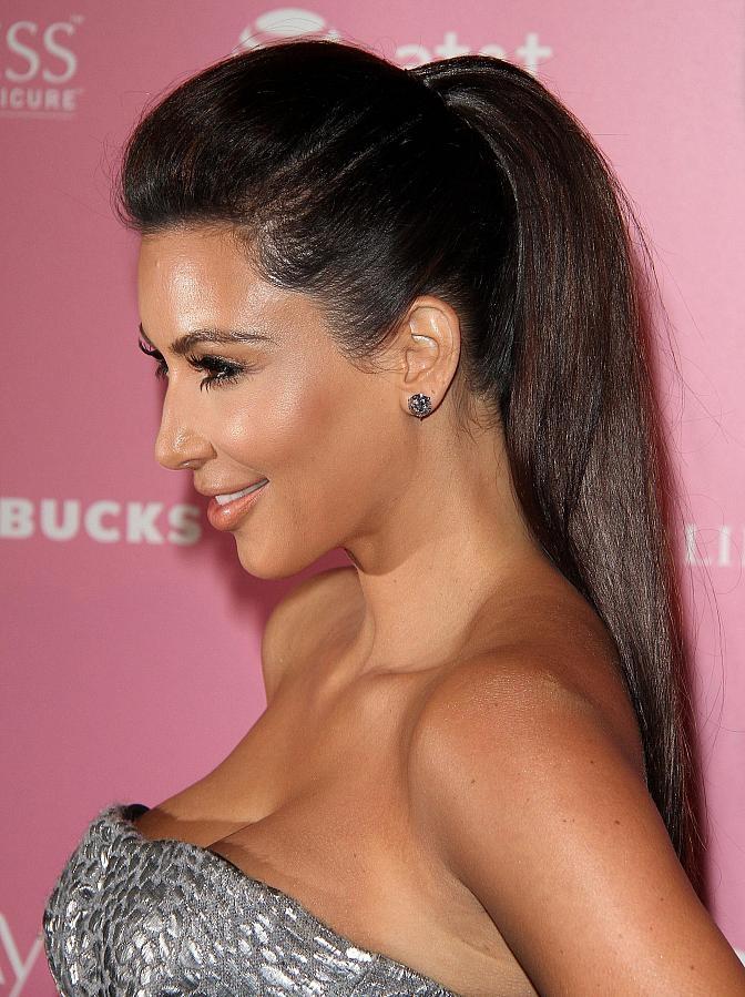 Celebrity Lookbooks: Kim Kardashian at US Weeklys Hot Hollywood Party, LA
