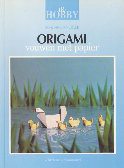 Irmgard Kneißler (1987) Origami vouwen met papier