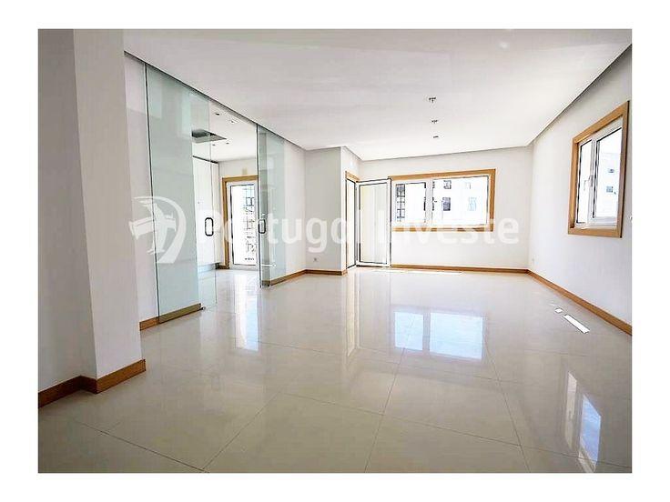 Vende fantástico apartamento T2 duplex, novo, condomínio de luxo, em Albufeira - Portugal Investe