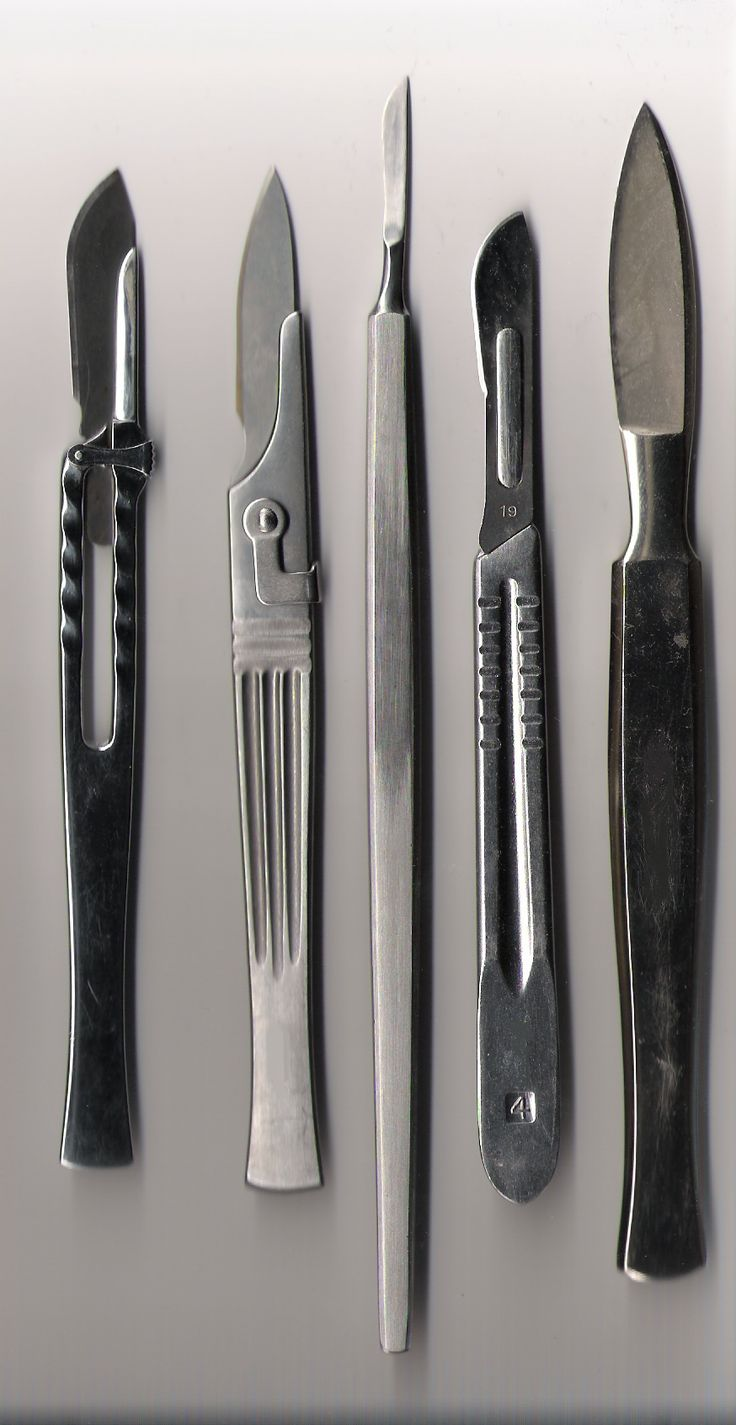 I can never find the images I want to find to relate to this story but here are some scalpels, I just had a character go psycho and kill himself with the blunt end of one of these. I promise I'm just a writer. :x
