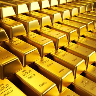 Gold Prices Shed Rs 800 To Fall To New Record Low