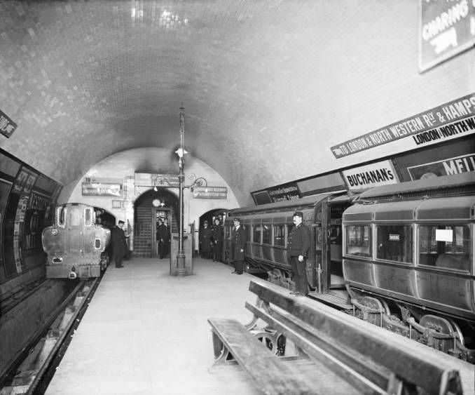 City & South London electric tube trains at Euston underground station, London, 1908.