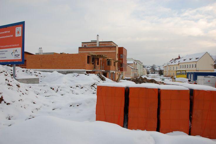 rok 2011 stavba domova pro postižené