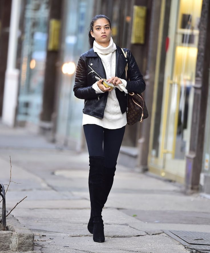Prep Your Pinterest Board: These Model-Off-Duty Looks Are GOOD: Of course, models look amazing on the runway, but it's their off-duty street styles that we really love to see.