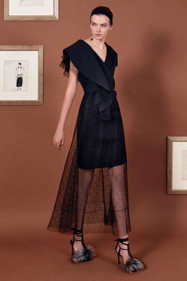 Vionnet Pre-Fall 2016 Fashion Show