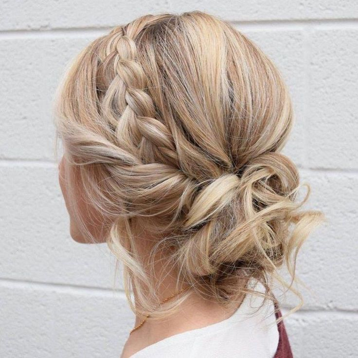 Beautiful chunky braid crown with messy updo wedding hairstyles,updo hairstyles,messy updos #weddinghair #wedding #hairstyles #updowedding -