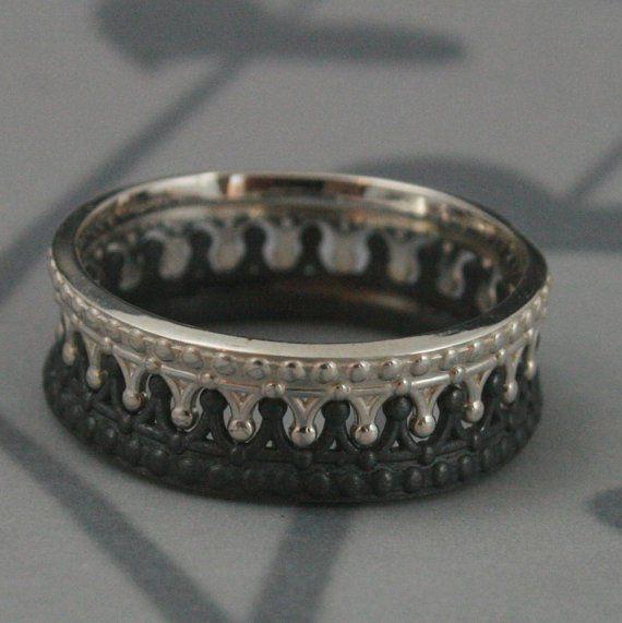king queen interlocking promise rings