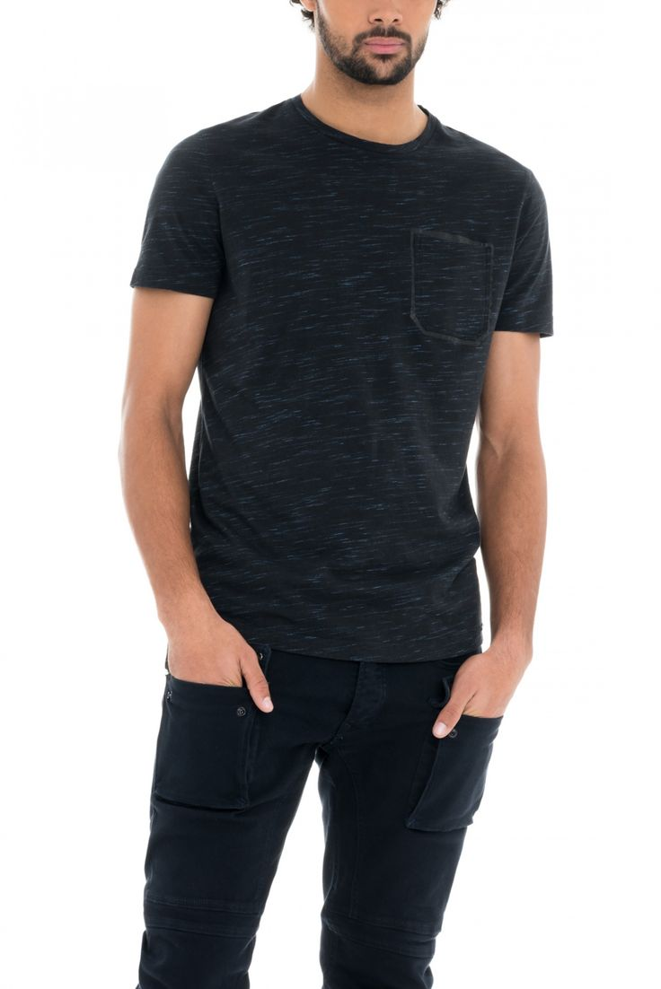 Camiseta Slim con bolsillo   118074 Negro   Salsa