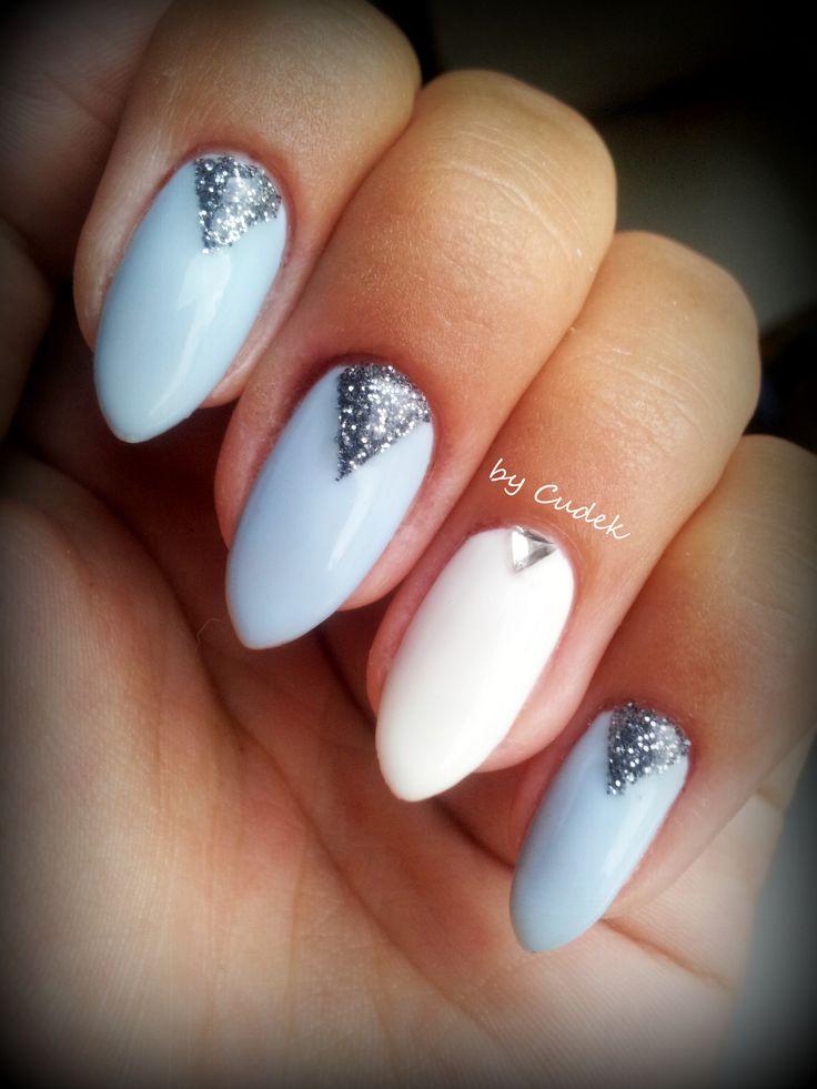 https://www.facebook.com/nails.by.cudek