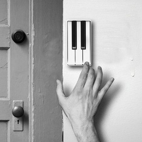 This doorbell concept  by Li Jian invites your visitors to perform a short piece of music to announce their arrival at your door.