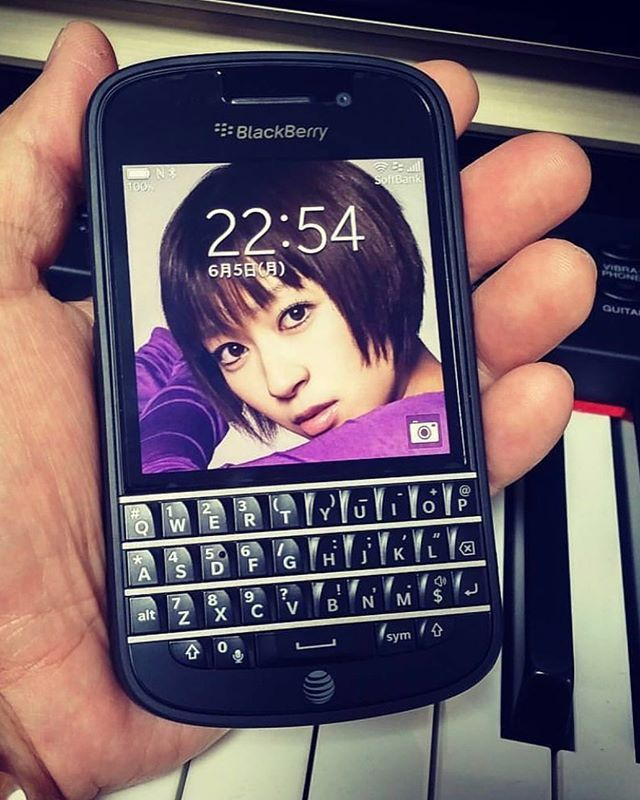 "#inst10 #ReGram @abe__yousuke: Love BlackBerry Q10 #blackberryq10 #q10 #blackberry . . . . . . (B) BlackBerry KEYᴼᴺᴱ Unlocked Phone ""http://amzn.to/2qEZUzV""(B) (y) 70% Off More BlackBerry: ""http://ift.tt/2sKOYVL""(y) ...... #BlackBerryClubs #BlackBerryPhotos #BBer ....... #OldBlackBerry #NewBlackBerry ....... #BlackBerryMobile #BBMobile #BBMobileUS #BBMobileCA ....... #RIM #QWERTY #Keyboard .......  70% Off More BlackBerry: "" http://ift.tt/2otBzeO ""  .......  #Hashtag "" #BlackBerryClubs ""…"