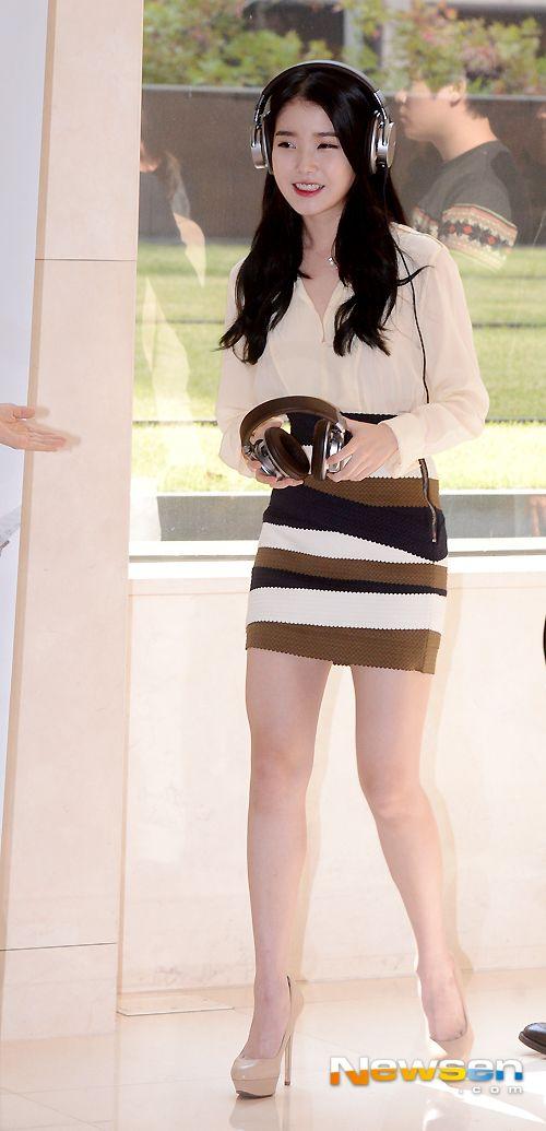 ไอยู (IU) เปิดตัวหูฟังใหม่ SONY พร้อม ยูฮียอล (Yoo Hee Yeol)