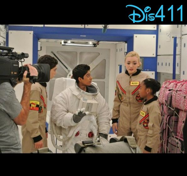 "Behind The Scenes Video From Karan Brar Of Filming ""Jessie"" Episode ""Spaced Out"""