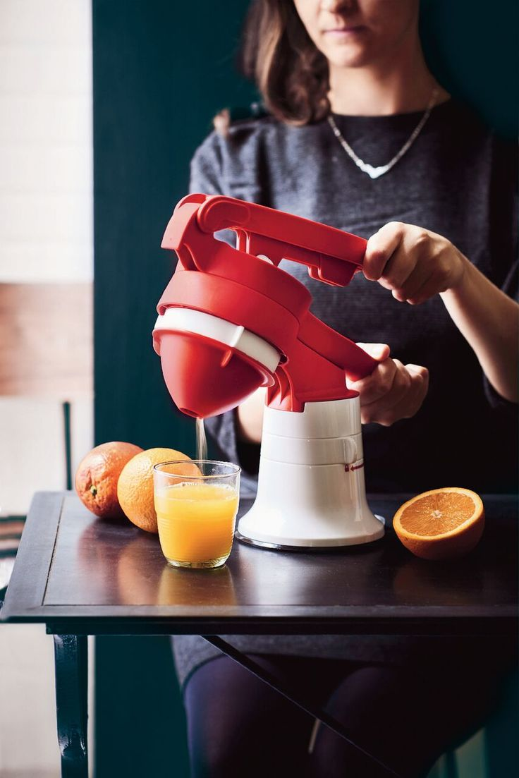 Take breakfast to the next level. Effortlessly squeeze fresh citrus for delicious homemade juices using our Chef Press Juicer!