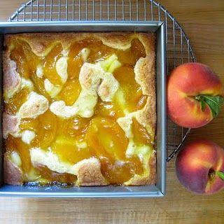 Peach Pie Cake.Eating Food Soooo, Pies Cake, Cake Mixed, Pies Filling, Peaches Pies Cak, Poke Cake, Heavens Peaches, Jules Food, Easy Peaches