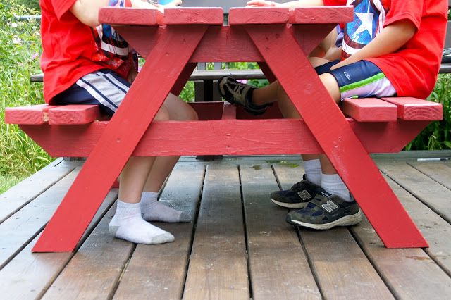 Easy DIY Kids Picnic Table | Toddle, Kids Picnic Table Plans | Preschool Picnic Table | How to build a children picnic table? Kids wooden picnic table.
