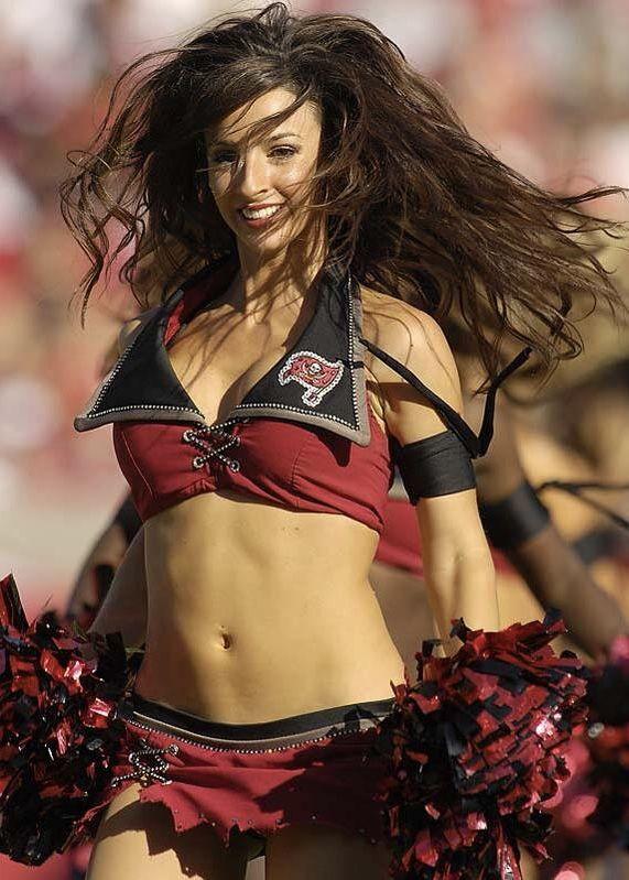 Tampa Bay Buccaneers Hot Cheerleaders Hottest Nfl Cheerleaders Football Cheerleaders