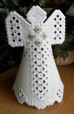 Hardanger Angel                                                                                                                                                                                 Plus