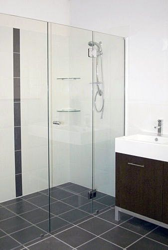 Easy to clean shower