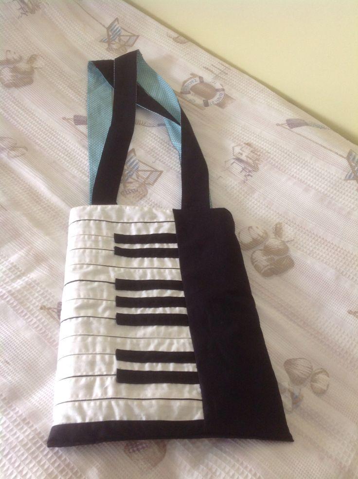Piyano çanta