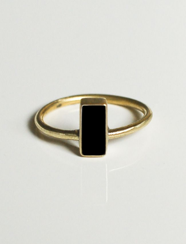 preem ring - from Austin-based PALOMARIE.  So organic-looking...