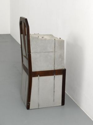 analyzing the art of doris salcedo as an activism sculpture Doris salcedo, whose art but this is what doris the series originated in the late 1980s when she began seeking out families of left-wing activists.