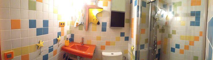 Ideas de #Decoracion de #Baño, estilo #Moderno diseñado por COVIPAR Arquitecto Técnico con #Accesorios #Sanitarios #Encimeras #Espejos #Griferia #Baldosas #Armarios  #CajonDeIdeas