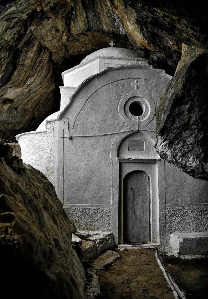 the church of Panagia i Makrini , #Samos, Greece photo by Nikos Chatziiakovou, Caves and hermitages (Askitaria)