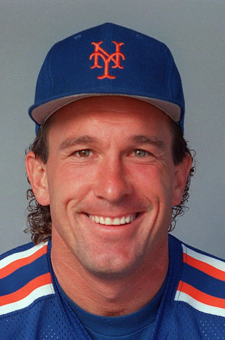 Gary Carter (1954 - 2012) Major League Baseball Player. Gary Carter's major league career spanned 19 seasons, most of those as a catcher for the Montreal Expos and New York Mets. He led the latter team to the 1986 World Series Championship. After being selected as an All-Star in 11 of his 19 playing seasons, Carter entered the Baseball Hall of Fame in Cooperstown in 2003 as a member of the Montreal Expos.