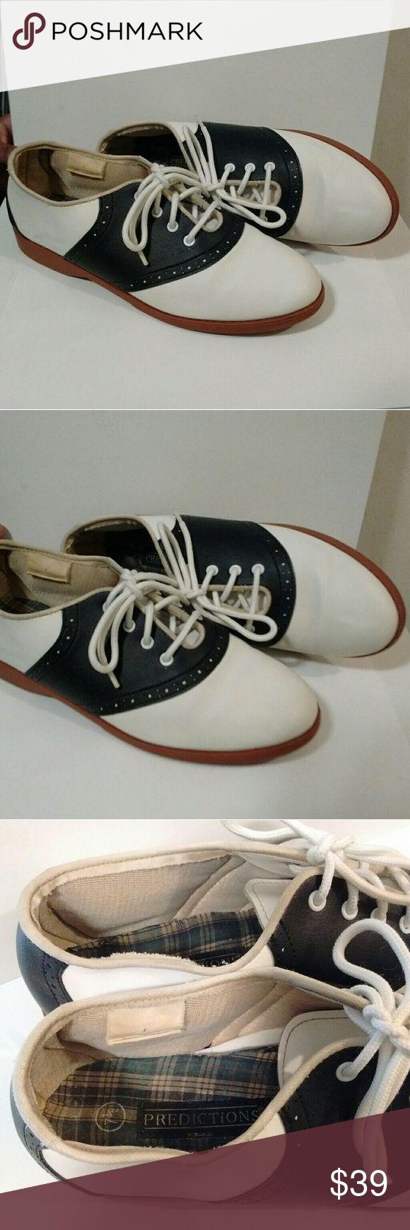 Roller shoes age - Vintage Saddle Oxfords True Vintage Black White Slip Resistant Saddle Oxfords In Size 7 5