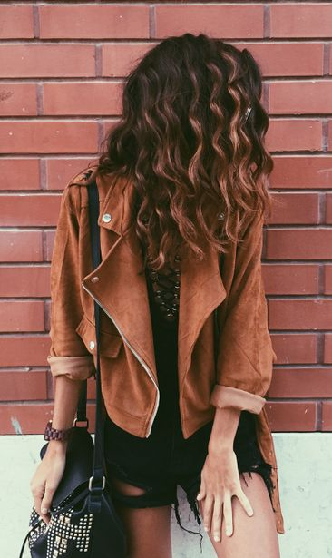 #summer #outfits Brown Jacket + Black Ripped Denim Short + Black Leather Shoulder Bag // Shop this exact outfit in the link