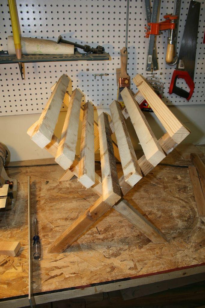 folding wood manger