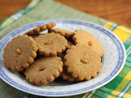 Pine nuts (Recipe: toasted piñon shortbread cookies) {vegetarian} - The Perfect Pantry®