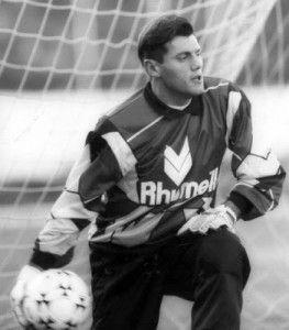 18. Sergio Goycochea (Argentina)  #20GoldenGloveAwardWinnersAtFIFAWorldCupOfAllTime #top #10 #poptop10 #20 #golden #glove #award #winner #fifa #worldcup #20goldenglove #goldengloveaward #fifaworldcup