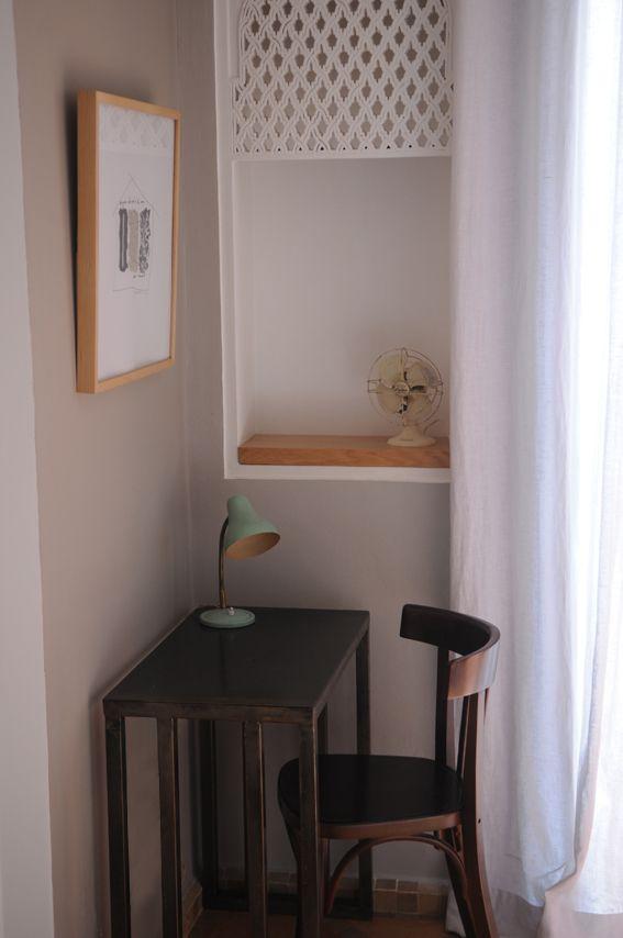 Tablette Bureau En Fer, Chaise De Bistrot En Bois Type Baumann. Iron  FurnitureTiny OfficeIndustrialChairs
