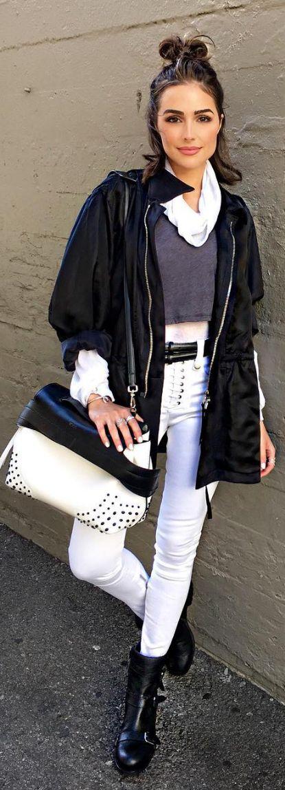Olivia Culpo: Coat – Antonioli Shirt – Unravel Belt – Ralph Lauren Purse – Tod's Pants – Unravel