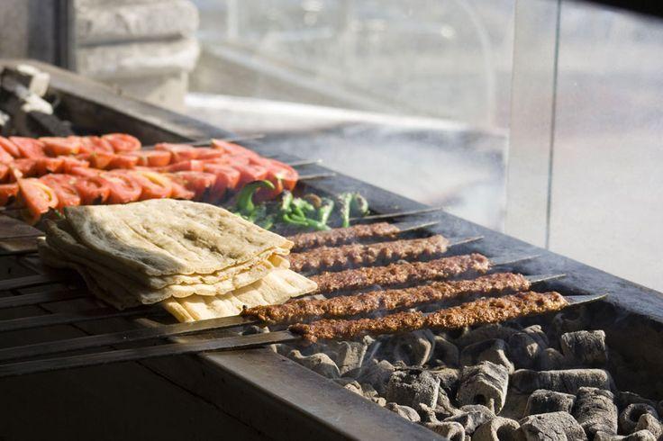 Καλή Τσικνοπέμπτη σε όλους! #tsiknopempti #τσικνοπέμπτη #kebab κεμπάπ