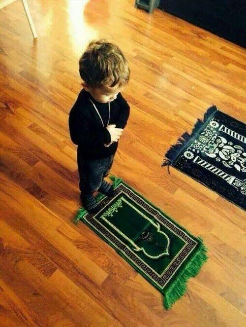 عودوا اطفالكم على الصلاة