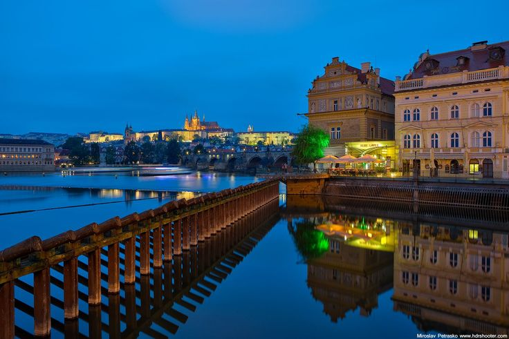 Find out the best locations to take great photos in Prague, together with sample images and GPS locations. Plan you photography trip today!