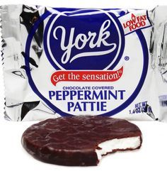 Recipe for Copycat Peppermint Patties and Junior Mints - Here's a recipe for delicious success: Homemade Peppermint Patties! These much beloved minty sweets are so simple to make that you'll be surprised at how quickly and effortlessly you can put them together. They can even be made vegan..