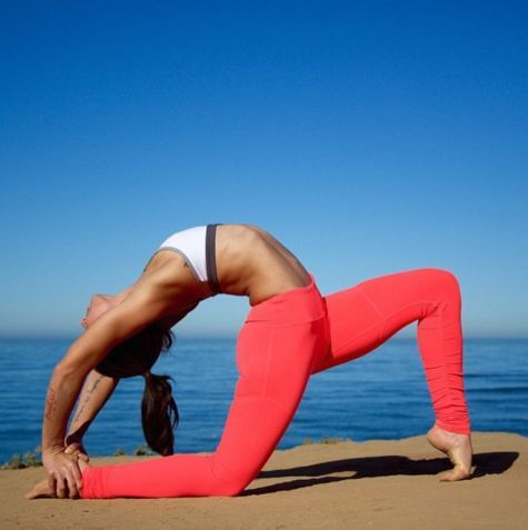 359 best images about flexible woman ohybn on pinterest for Haute 8 yoga