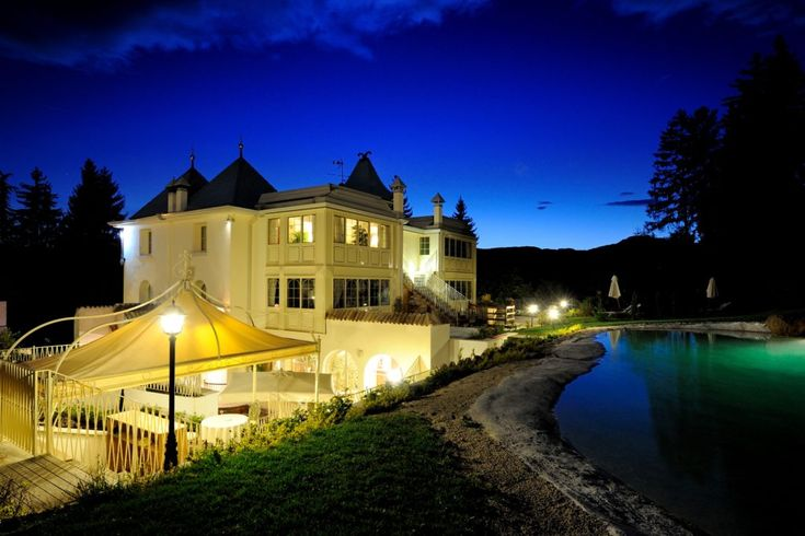 Orso grigio - 15 Best Boutique Hotels in Italy - www.hotelio.com - #boutiquehotel #italy #italia #travel #reisen #urlaub #italienurlaub #villarental #hotelio #luxurytravel #luxury #casalio #casaliotravel #ferienhaus #mieten #miete #ferienvilla #italianhotel