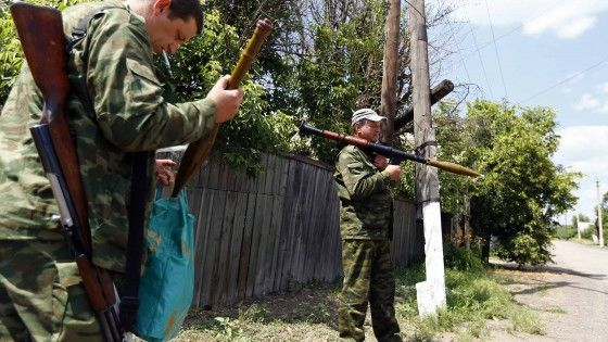 Quattordici voci messe a punto dal neopresidente per risolvere la situazione nelle regioni orientali di Donetsk e Lugansk, scosse da mesi da movimento