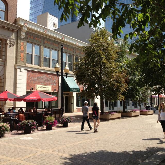 08/11 downtown Regina pedestrian mall